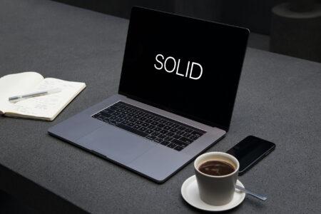 SOLID : Le guide simple avec des exemples applicables